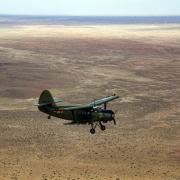 64年了 为什么中国飞机总要定期飞往荒漠?